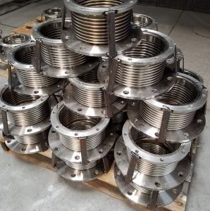 Floating-MTU-exhaust-expansion-joints